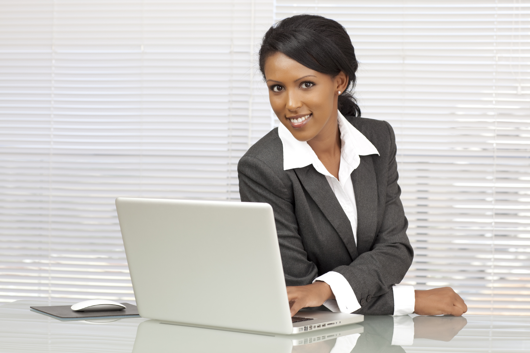 business admin Earn your business administration degree online the business world is constantly evolving managers, executives, and leaders need deep, versatile skill sets in order to reach their professional potential and stand out in a competitive job market.